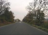 Ze severu: Sedlčany od severu - silnice č. 105