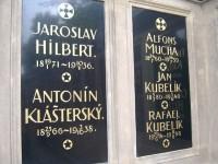 Praha - Vyšehradský hřbitov se Slavínem