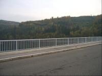 Silniční most: most přez vodní dílo Slapy - v Cholíně