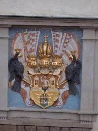 Reliéf na budově