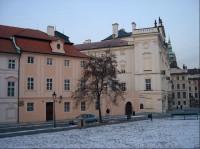 Arcibiskupský palác ze západu