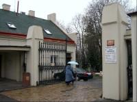 Vchod do hřbitova