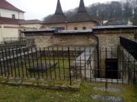 Zaniklý románský klášter