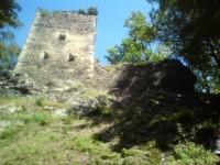 Impozantní zbytek hradní věže