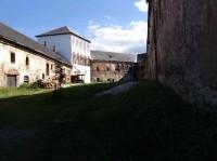 Branná - hrad,: Vnútorné nádvorie