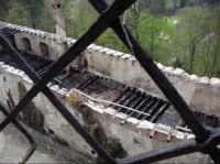 Bohužel část hradu lehla popelem