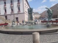 Olomouc, Horní náměstí, Ariónova kašna