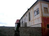 Zlatá Koruna: budova kláštera