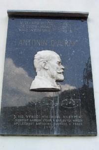 Pamětní deska Antonína Dvořáka