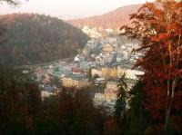 Karlovy Vary z vyhlídky Karla IV.