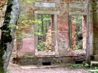 Ruiny tzv. Modrého domu v Terčině údolí