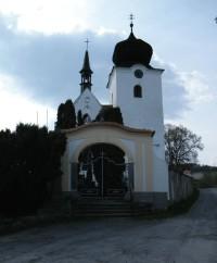 kostel v Počepicích