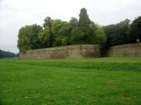 Lucca: hradby města