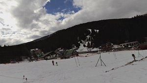 Z Pece pod Sněžkou na běžkách přes Zrcadlovky k vysílači a zpět do Pece