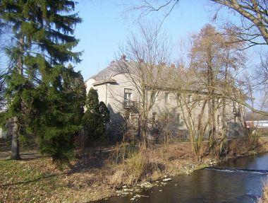 Velká Bystřice-Kapitulní dům od řeky Bystřice-Foto:Ulrych Mir.