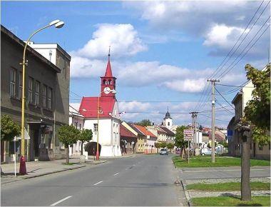 Velká Bystřice-střed města-Foto:Ulrych Mir.