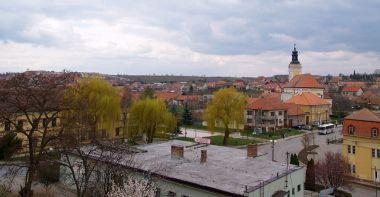 Pohled od zámku