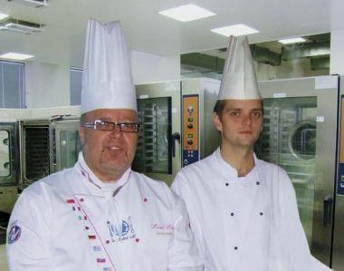 .Šéfkuchař Vitana FS Karel Rut s místním šéfkuchařem Janem Coufalem