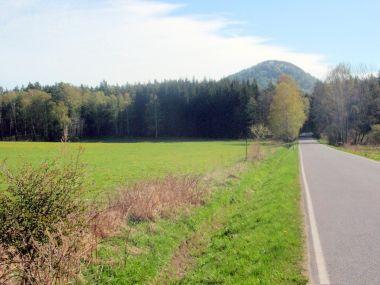 Ortel od silnice na Lindavu