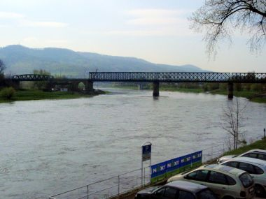 Železniční most na soutoku Labe s Ploučnicí
