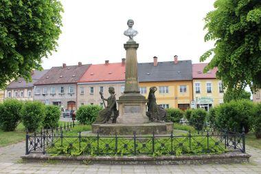 Česká Skalice, pomník Boženy Němcové