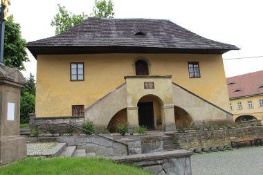 Česká Skalice, fara