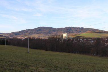 Pohled na Svatobor a město