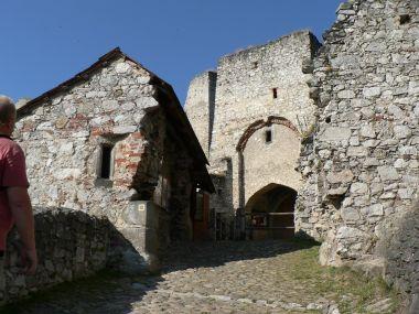 Rabí, brána do hradu