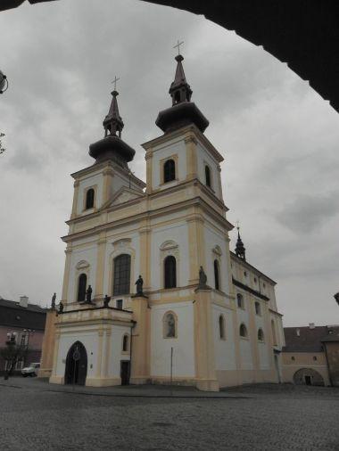 Kadaň, kostel Povýšení sv. Kříže