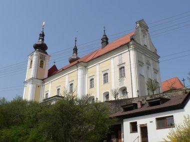 Nová Říše, klášterní kostel od jihovýchodu