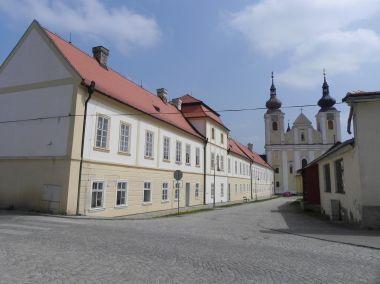 Nová Říše, klášter s kostelem