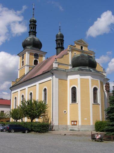 Úpice - kostel sv. Jakuba Většího