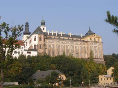 Broumov - benediktinský klášter a klášterní kostel sv. Vojtěcha