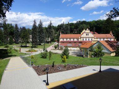 lázeňský areál a lázeňský dům Říp
