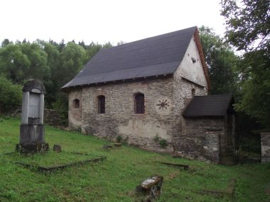 Potůčník - kaple sv. Jana a Pavla
