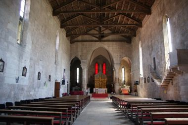interiér kostela sv. Františka