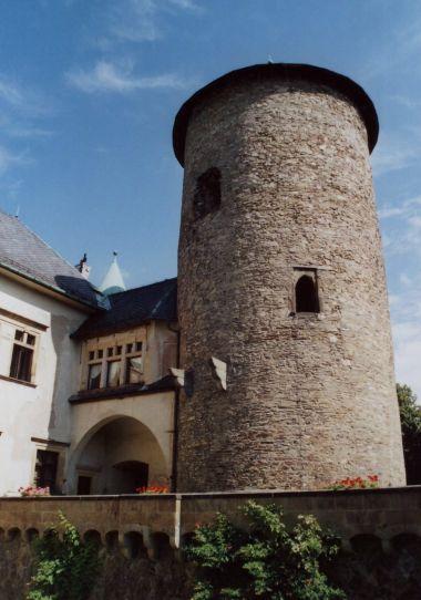 hradní hláska z poloviny 13. stol.
