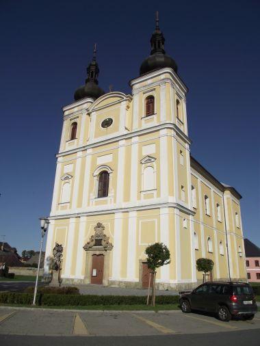 kostel sv. Jana Křtitele a Panny Marie Karmelské