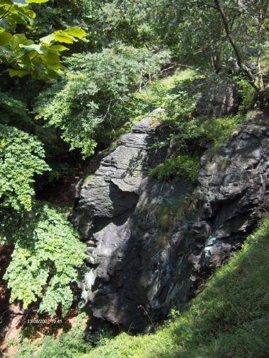 Polední skaly