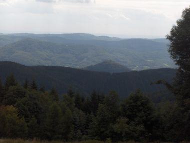 výhled ze silnice z Měděnce na Boží Dar