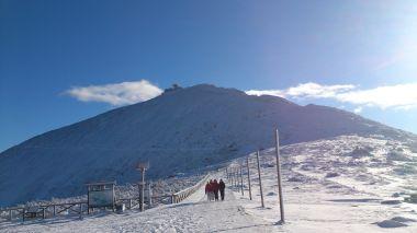 Pohled na Sněžku od rozcestí Obřího dolu