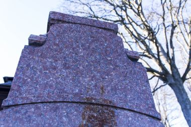 fotka k příspěvku Karlova Studánka – Vilémova busta