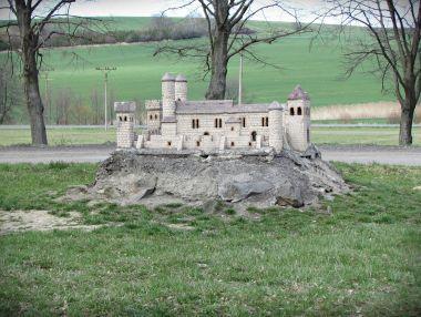 fotka k příspěvku Z Kelčského Javorníka přes dva hrady do Rajnochovic