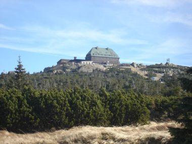Chata Szrenica na stejnojmenném vrcholu