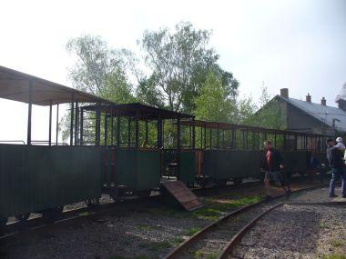 Dřevěné výletní vagonky