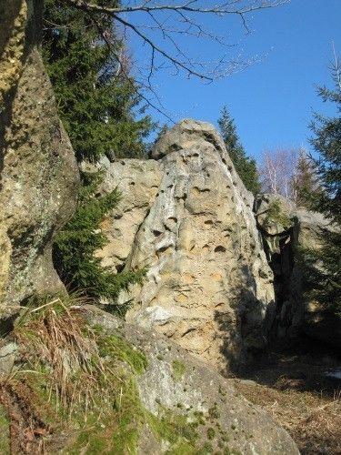 Horní Lačnovské skály: pohádková scenerie nebo sídlo čertů?