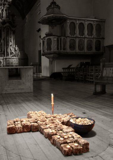 Vår Frue Kirke -  Trondheim  (kostel s úžasnou atmosférou). Zde se dá vymodlit pěkné počasí :-)