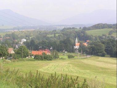 Lichnov: Pohled na vesnici ze směru od Štramberku