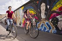 Sightseeing East Side Gallery © visitBerlin, Foto Philip Koschel