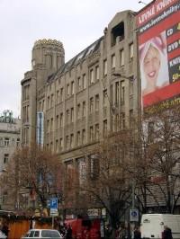 f6234496ba Palác Koruna na Václavském náměstí